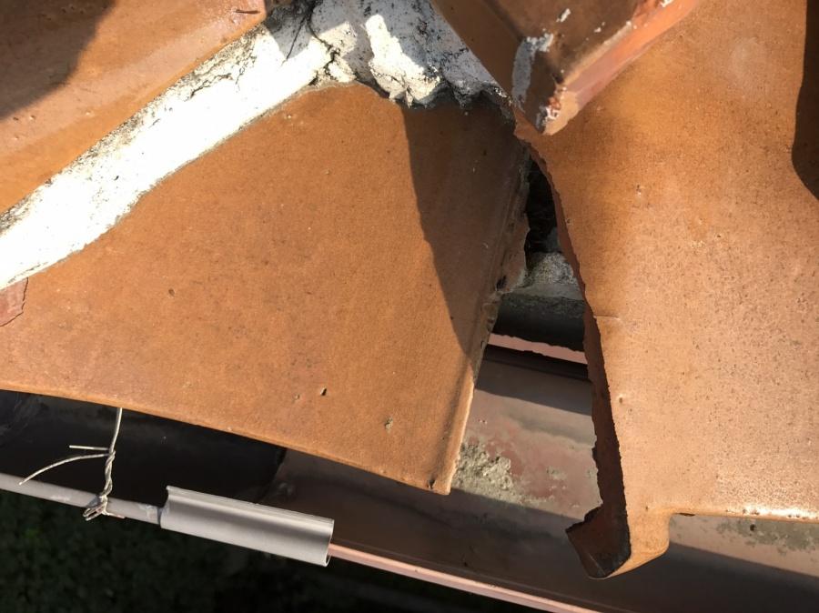 雨漏り葺き替え点検時の漆喰②