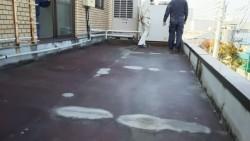 下屋根屋上の工事前の様子