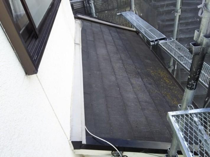 根塗装工事 下屋根 塗装前