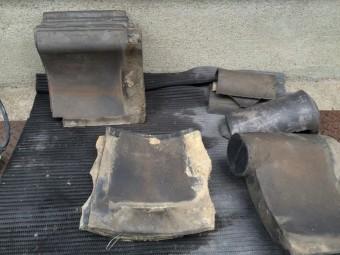 土葺きの屋根瓦の捲り