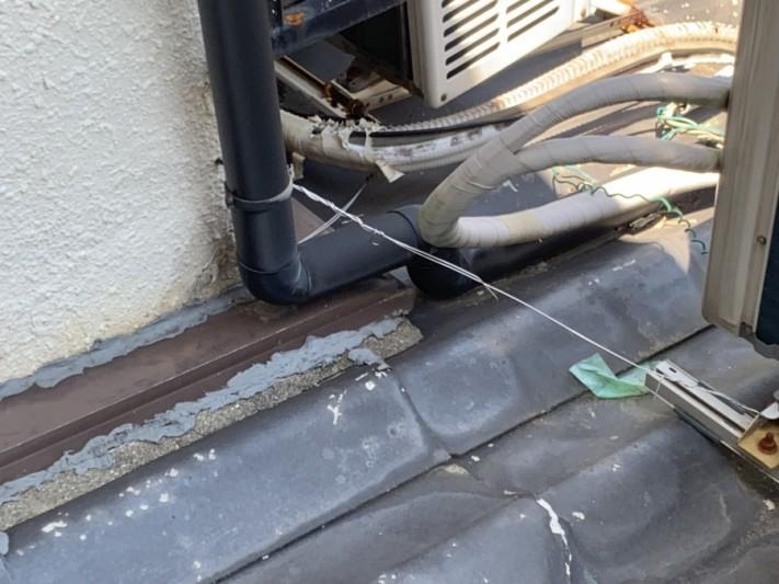 雨漏り調査時ご主人様により補修がされている壁際