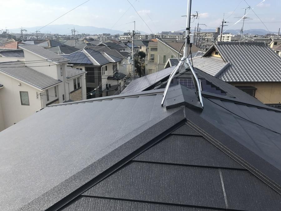 アーバニー屋根 スーパーガルテクト葺き完成