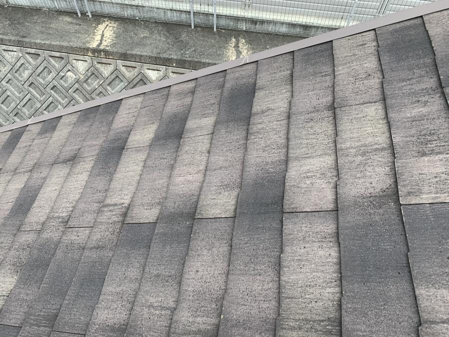 屋根リフォーム前点検したカラーベスト屋根の雨漏り箇所地点