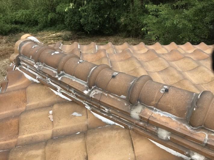 瓦屋根 棟のラバーロックの現状