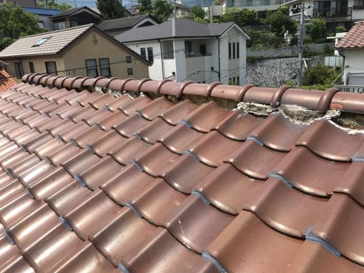 明石の塩瓦で葺かれた屋根