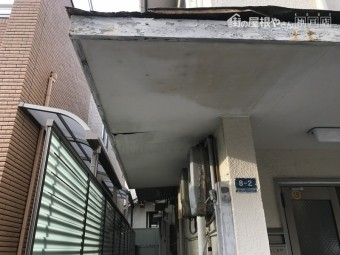 雨漏り調査 庇屋根の調査