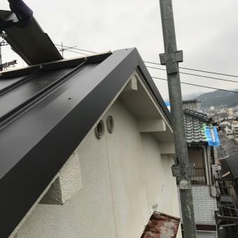 ケラバは板金で破風を作り、風にも強い施工を行います。