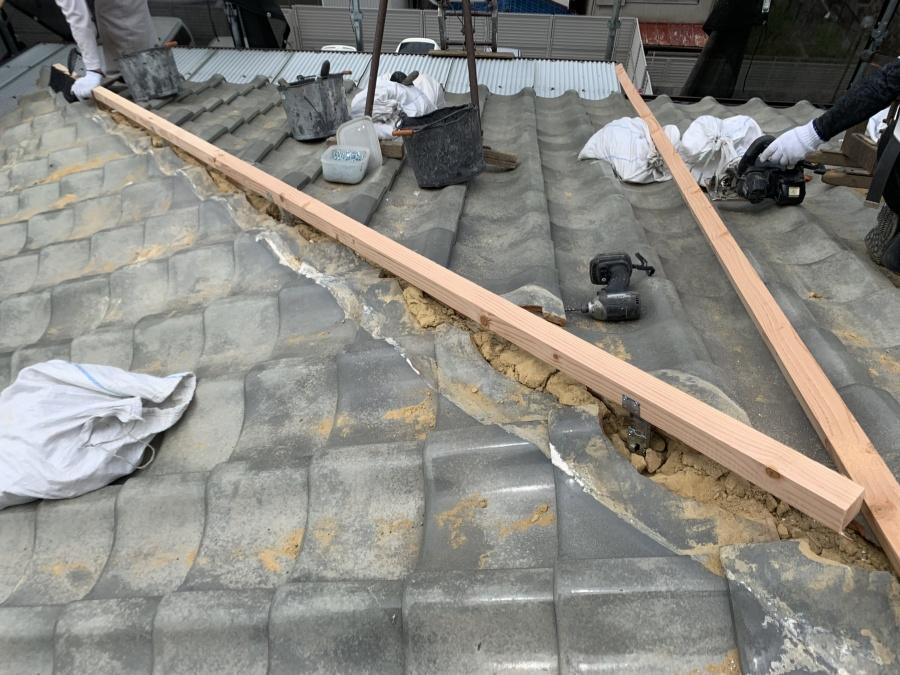 防災棟下地、金物・垂木の施工