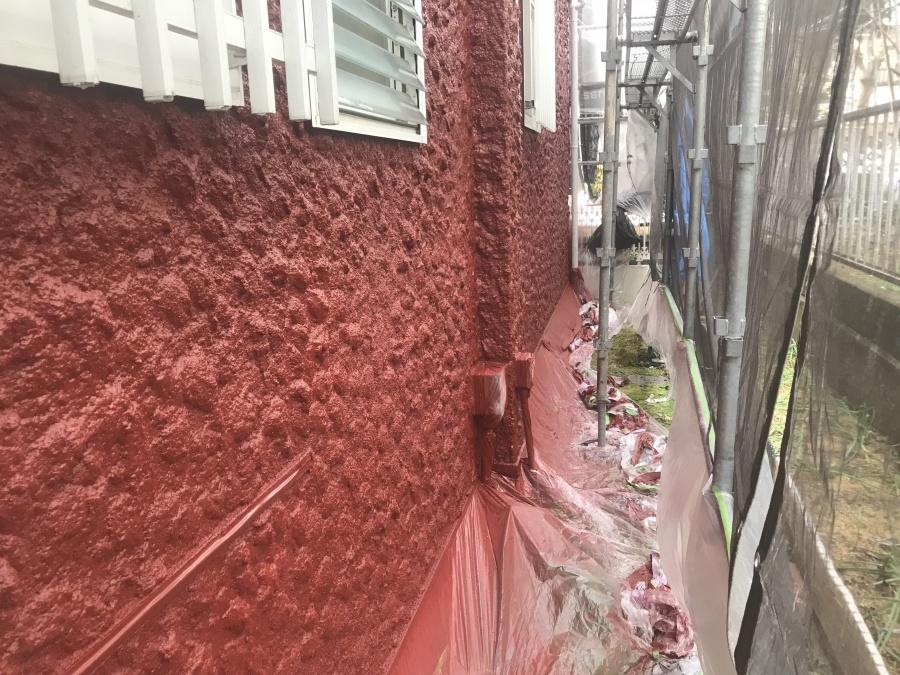外壁上塗り二回目の様子。