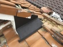 伊丹市 ガルバリウム鋼板雨押え取付完了