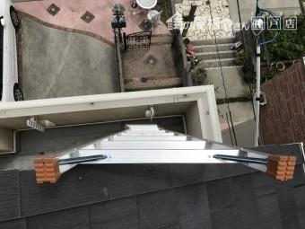 屋根補修用のはしご