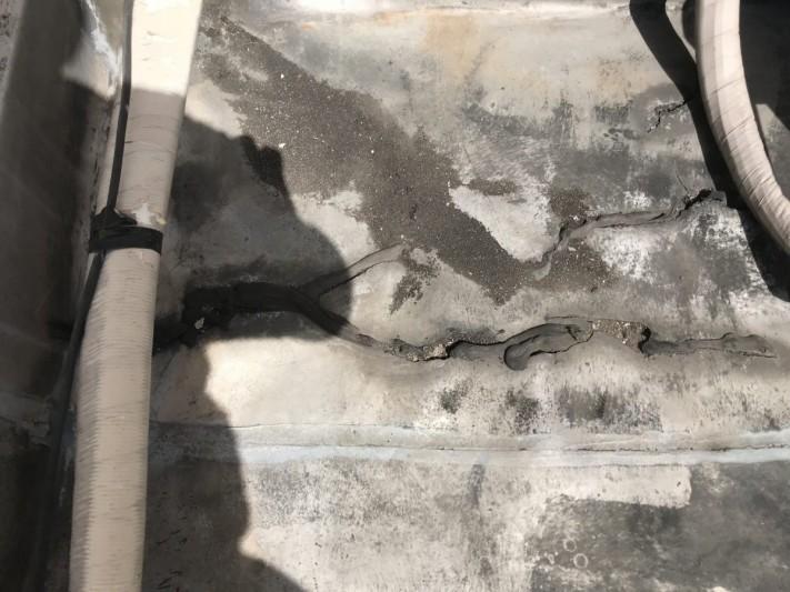 ゴムシート防水の劣化部の補修