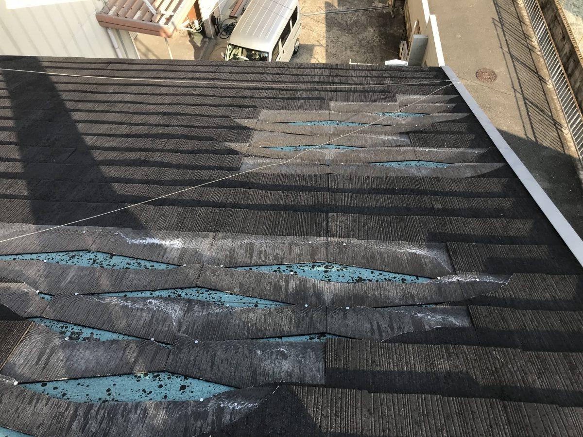 コロニアル屋根屋根材の飛散
