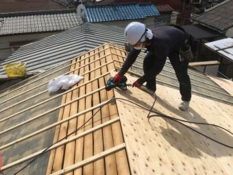 新しい屋根下地