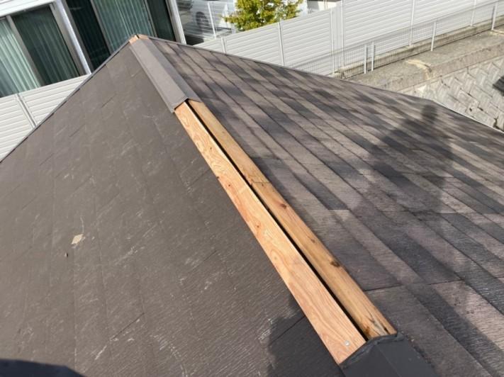 屋根リフォーム時に棟板金の下地、貫板取付