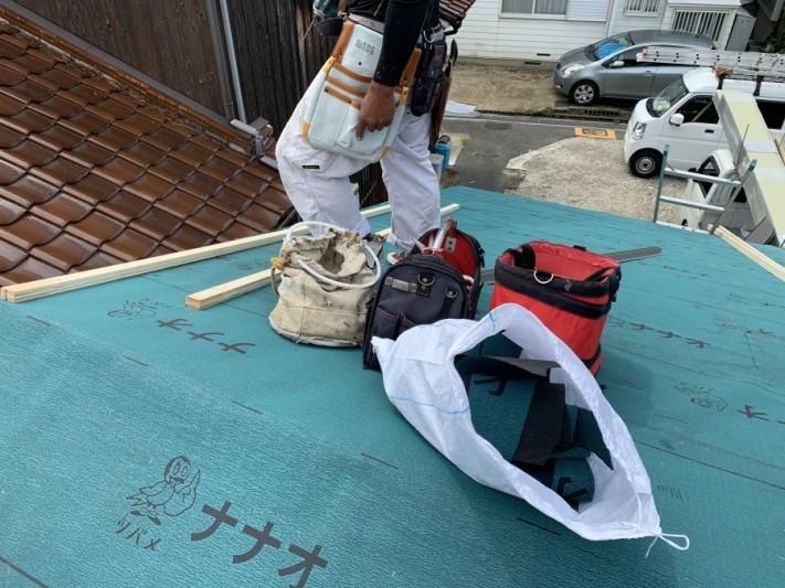 下葺き材防水シートの施工