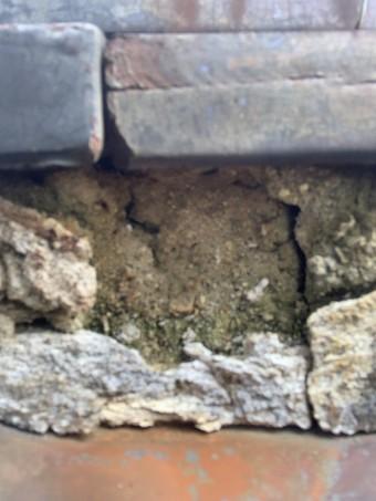 瓦屋根調査 棟面戸の様子