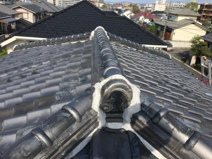 寄棟屋根の点検開始