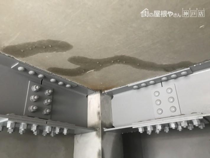 1階ビルドインガレージへの雨漏り