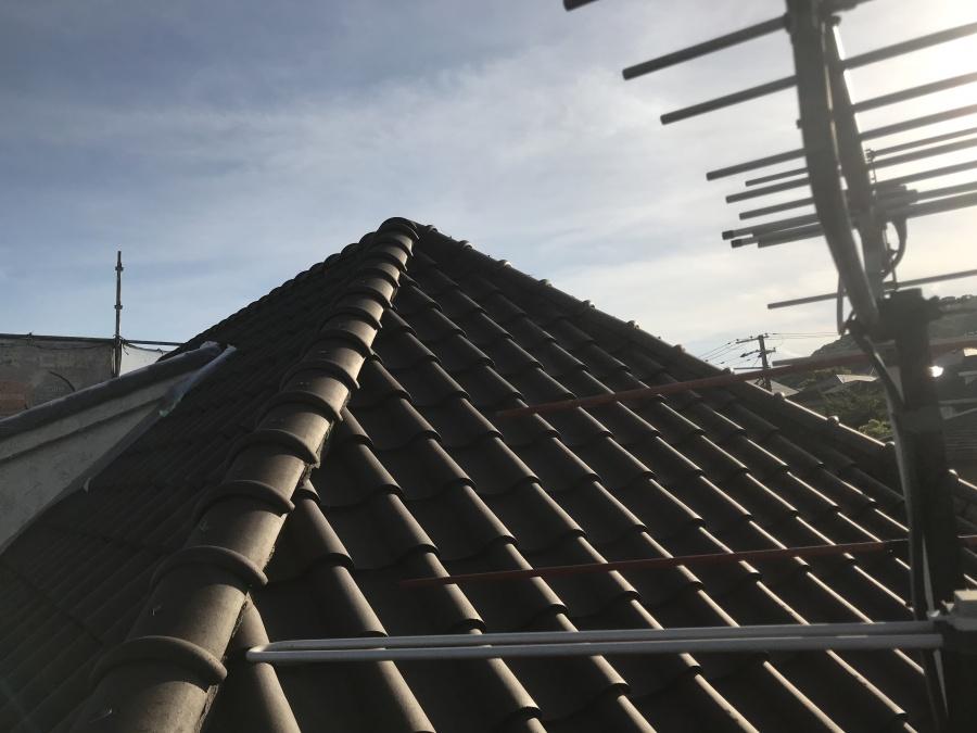 S瓦葺きの屋根