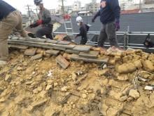 屋根の葺き替え工事 棟の解体