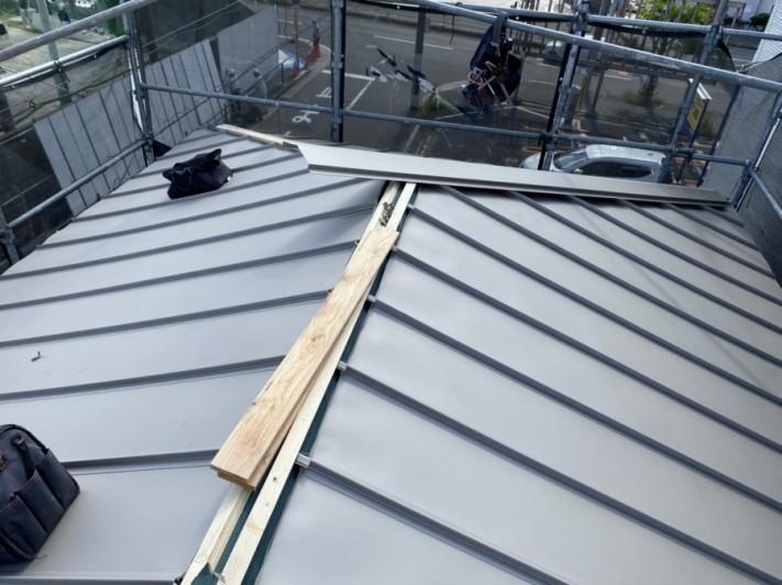 屋根は立平を施工します。