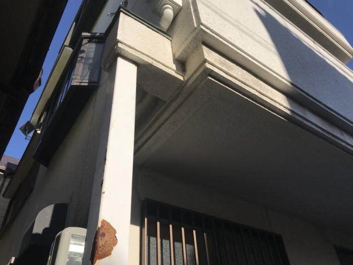 玄関前鉄柱