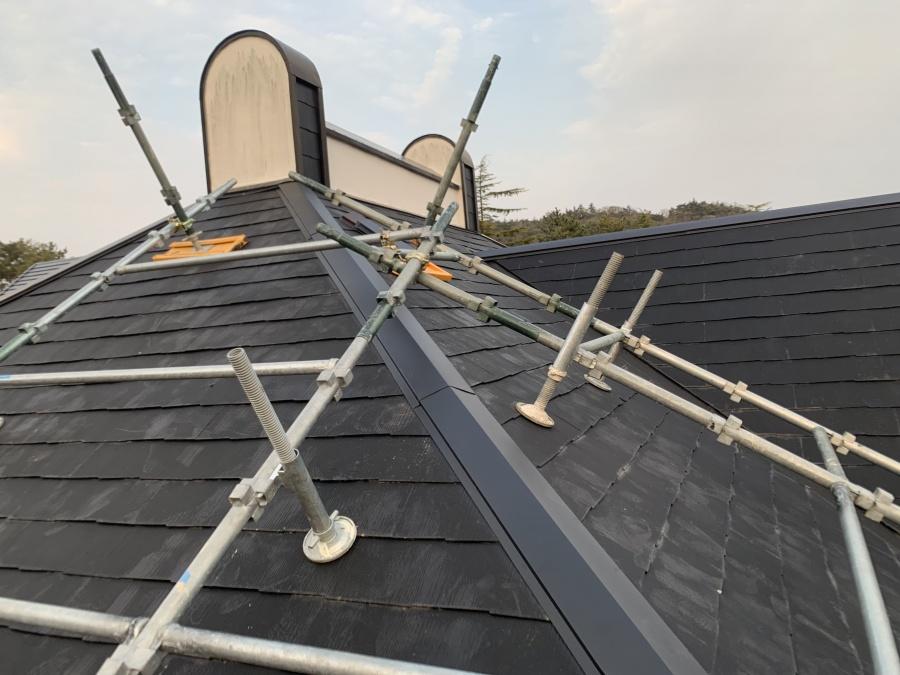屋根工事棟板金の交換完成