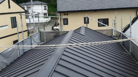 瓦張替えリフォーム後の屋根