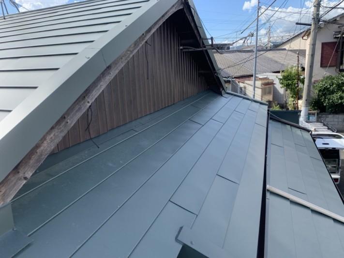 長田区 ガルバリウム鋼板製のタフワイド葺き替え完成