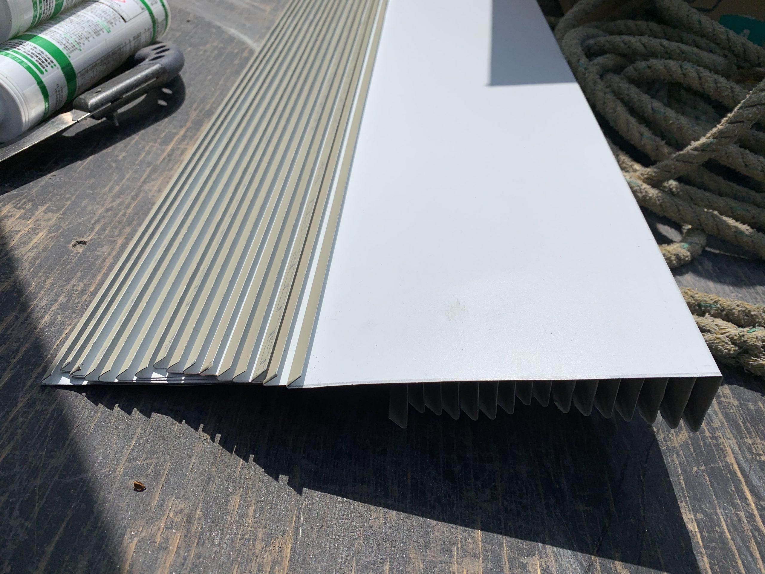 SGL鋼板で作った破風板金