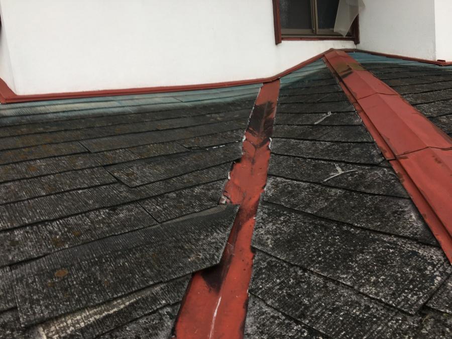 屋根材のズレ
