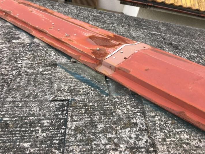 棟板金補修跡、スレートの割れ
