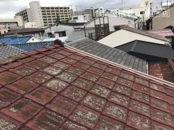 セメント瓦葺き屋根