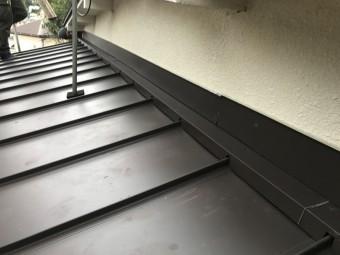 下屋根カバー完成