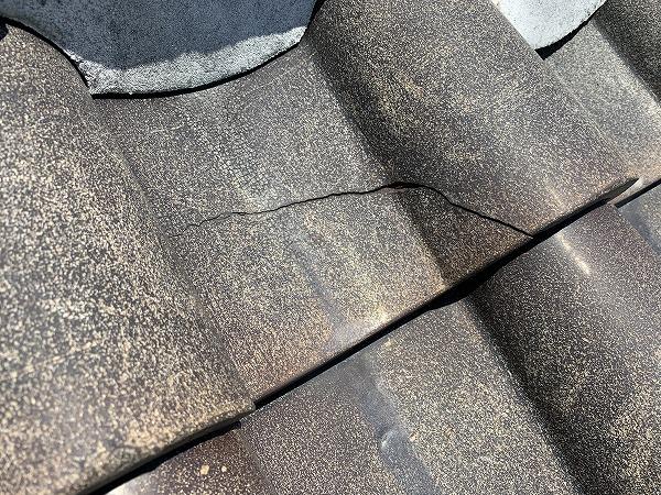 神戸市須磨区 割れ瓦の交換と漆喰詰め!軽微な補修で雨漏り解決
