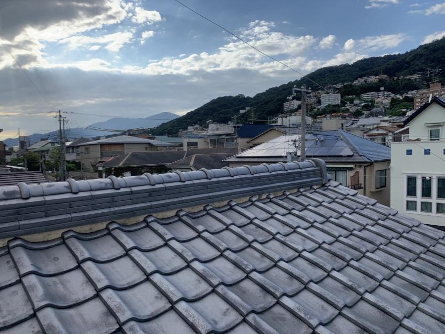 神戸市東灘区 雨樋調査のために屋根に上らせて頂きました。