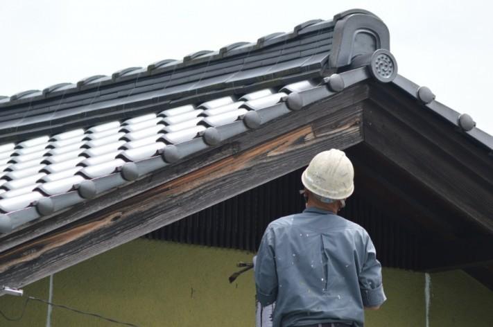 街の屋根やさん神戸店 雨漏り調査